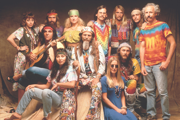 beliefs and lifestyles of the hippies that shocked america While so many things have changed, many things remain the same  the hippie  movement was born in a society that had funded a war that  people feeling  dejected and isolated because of their religion or the color of their.